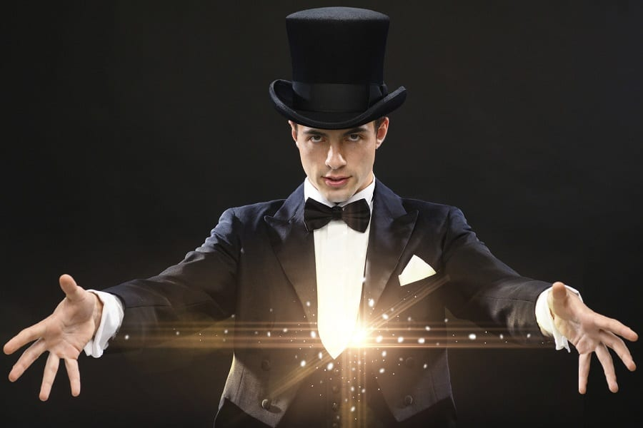 13 Most Popular YouTube Magicians